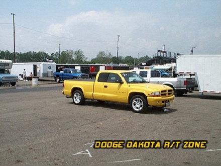 Dodge Dakota R/T, photo from 2000 Chrysler Classic Columbus, Ohio.