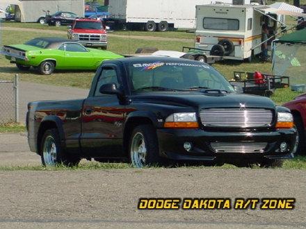 Above: Dodge Dakota R/T, photo from 2002 Mopar Nationals Columbus, Ohio.