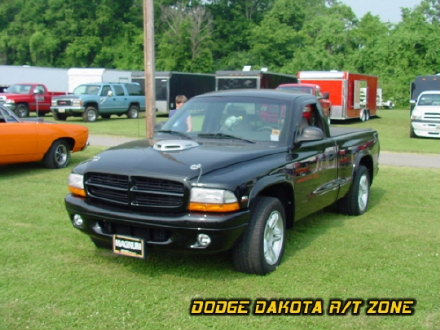 Above: Dodge Dakota R/T, photo from 2002 Tri-State Chrysler Classic Hamilton, Ohio.