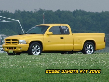 Dodge Dakota R/T, photo from 2004 Chrysler Classic Columbus, Ohio.