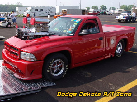 Above: Dodge Dakota R/T, photo from 2005 Chrysler Classic Columbus, Ohio.