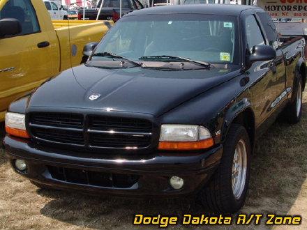 Above: Dodge Dakota R/T, photo from 2005 Mopars Nationals Columbus, Ohio.
