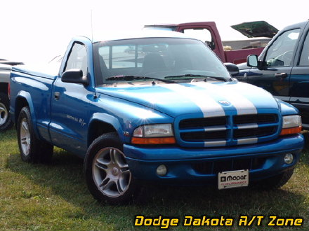 Above: Dodge Dakota R/T, photo from 2005 Mopars Nationals Columbus, Ohio.