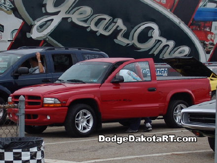 Above: Dodge Dakota R/T, photo from 2007 Mopars Nationals Columbus, Ohio.