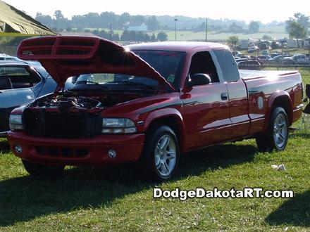 Above: Dodge Dakota R/T, photo from 2007 Mopars Nationals Columbus, Ohio.