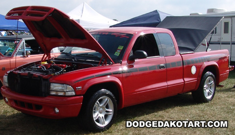 Above: Dodge Dakota R/T, photo from 2010 Mopars Nationals Columbus, Ohio.