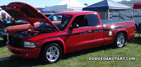 Above: Dodge Dakota R/T, photo from 2011 Mopars Nationals Columbus, Ohio.